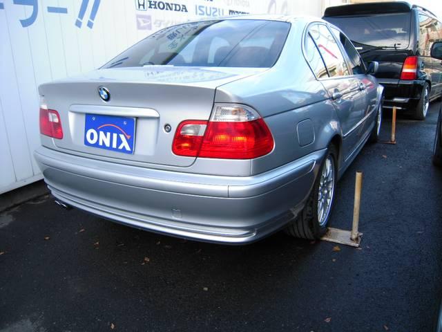 BMW BMW 320i ブラックレザー サンルーフ M仕様 ストラーダ