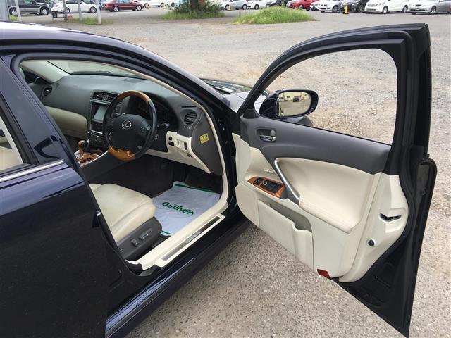 レクサス IS 250 バージョンL 本革シート HDDナビ 地デジ