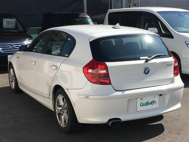 「BMW」「1シリーズ」「コンパクトカー」「大阪府」の中古車17