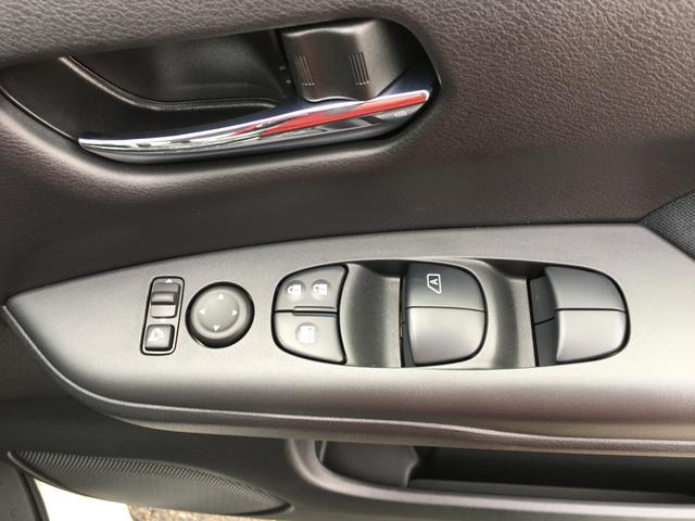 日産 セレナ ハイウェイスター Vセレクション 両側電動スライドドア