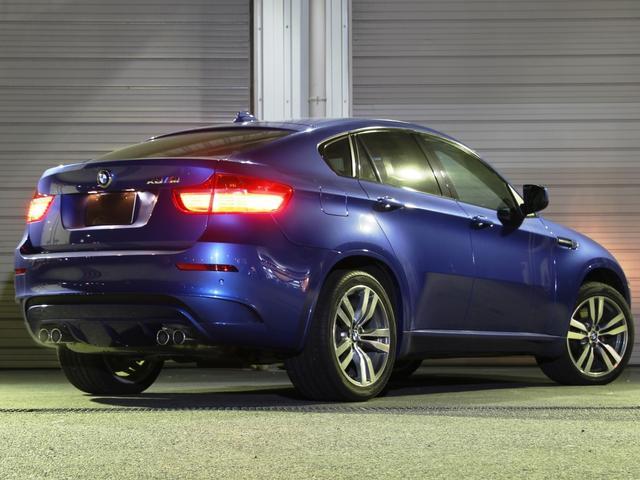 BMW BMW X6 M V8 Mパワーツインターボ555馬力 左HDディーラー車