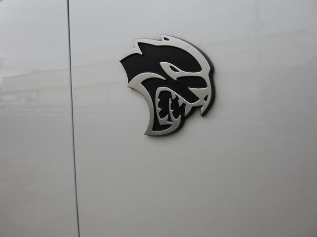 ダッジ ダッジ チャージャー SRT8 ヘルキャット 新車並行 パナF1ナビTV