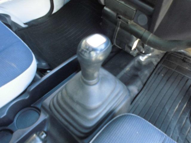 トランスポーター スーパーチャージャー 切換式4WD 5MT(9枚目)