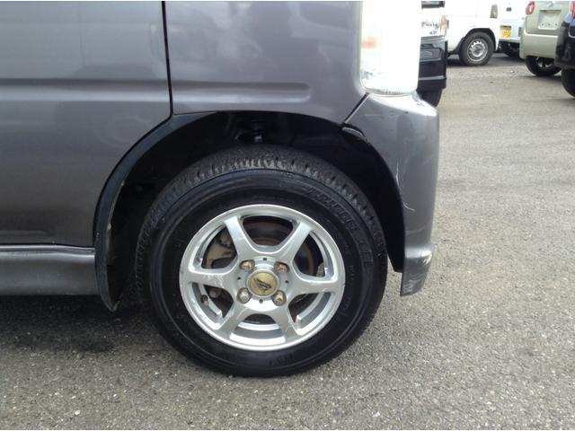 アスク勝田台は板金修理も行っています!擦り傷からへこみ、事故で動かない車、放置しっぱなしで動かなくなってしまった車、全て治せます!積載車で無料で引き取りに伺いますので宜しくお願い申し上げます!