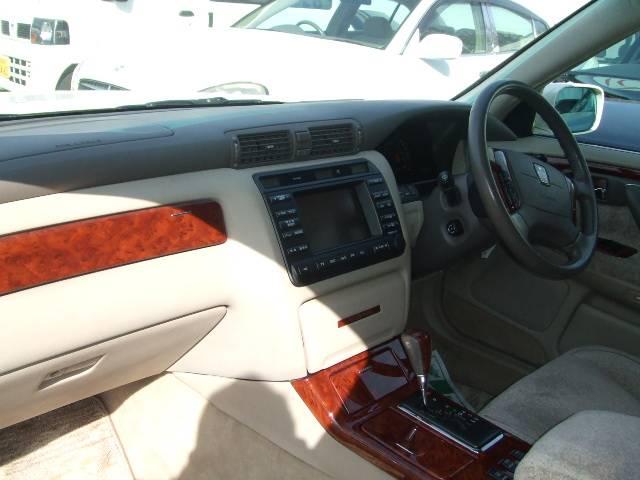 トヨタ クラウンマジェスタ 4.0Cタイプ エアロ クレンツェ19AW 車高調