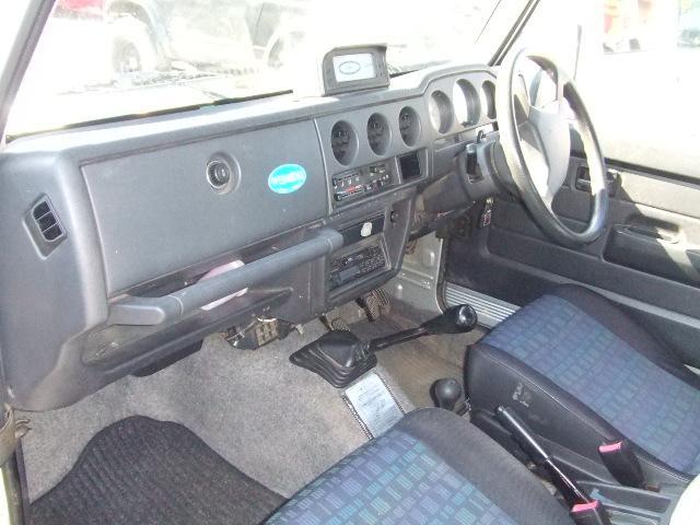 スズキ ジムニー ランドベンチャー 4WDターボ