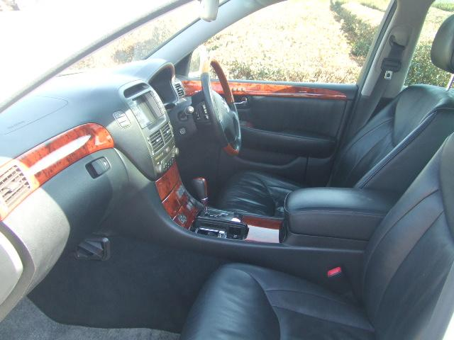 トヨタ セルシオ C仕様 黒革 サンルーフ 車高調