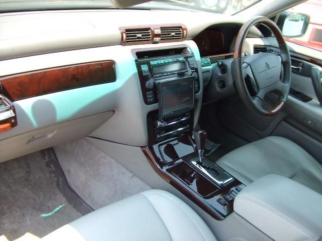トヨタ クラウンマジェスタ 3.0Cタイプ 車高調 19AW