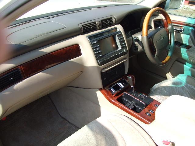 トヨタ クラウンマジェスタ 3.0Cタイプ 車高調