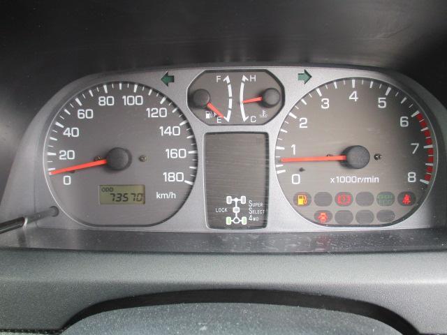 ZR 4WD 5速マニュアル(13枚目)