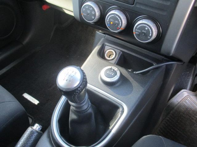 20X 4WD 6速マニュアル ナビ地デジ(17枚目)