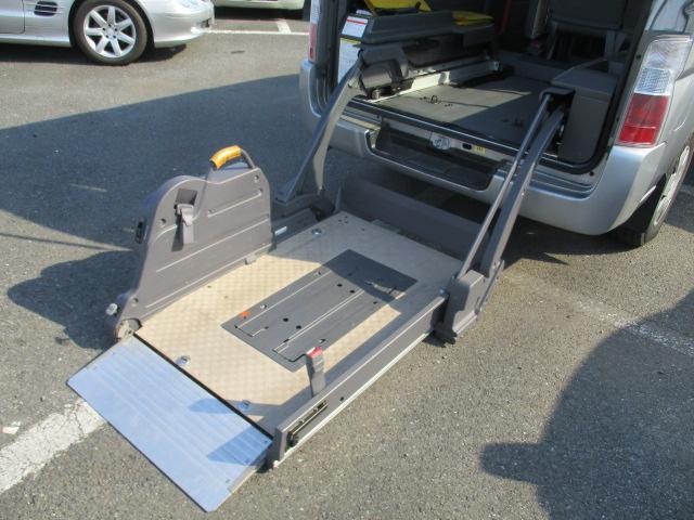 チェアキャブ リアリフター付 10人乗り 車椅子1基(26枚目)