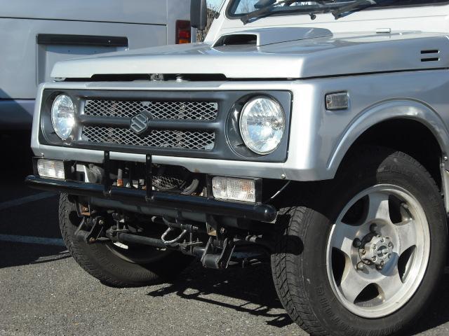 ワイルドウインドリミテッド 4WDターボ FRバンパー ルーフラック 黒革調シートカバー AW(6枚目)