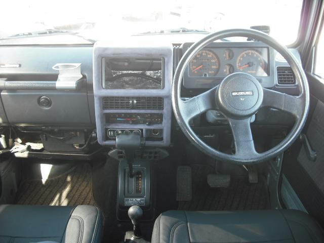 ワイルドウインドリミテッド 4WDターボ FRバンパー ルーフラック 黒革調シートカバー AW(14枚目)