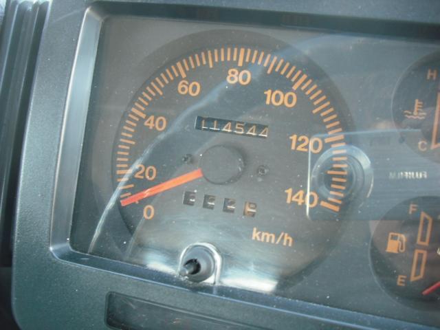 ワイルドウインドリミテッド 4WDターボ FRバンパー ルーフラック 黒革調シートカバー AW(22枚目)