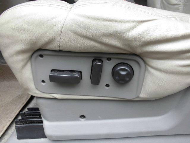 「シボレー」「シボレータホ」「SUV・クロカン」「千葉県」の中古車11
