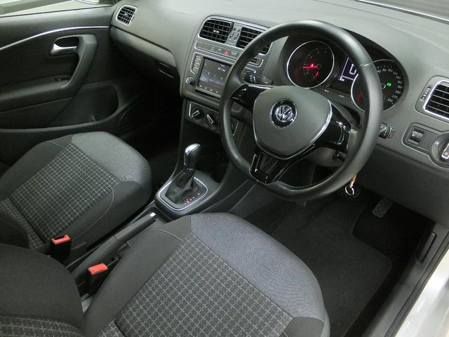フォルクスワーゲン VW ポロ TSIコンフォートライン ワンオーナー 禁煙車