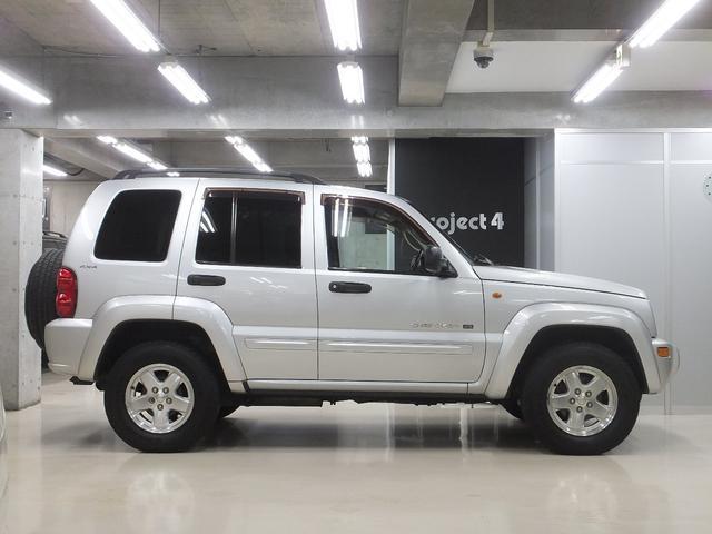 「その他」「クライスラージープ チェロキー」「SUV・クロカン」「東京都」の中古車4