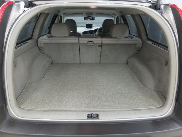 「ボルボ」「ボルボ XC70」「SUV・クロカン」「東京都」の中古車18