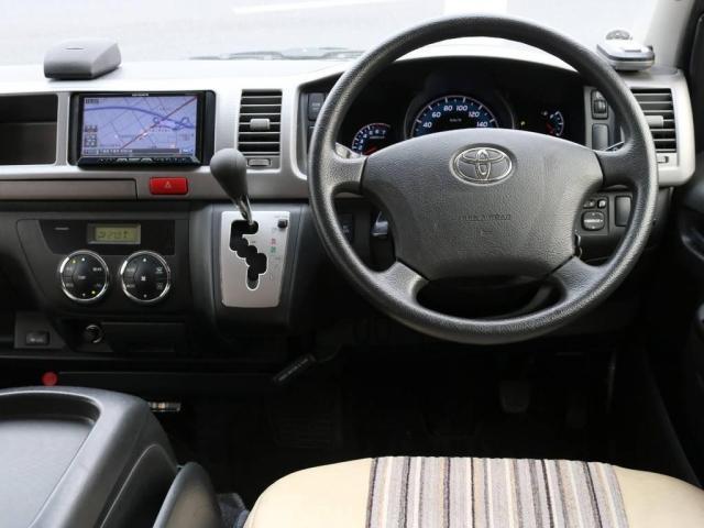 トヨタ ハイエースワゴン 2.7GLロングミドル【Renoca】 CoastLines
