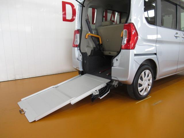 スローパーL リヤシート付仕様 福祉車両 ミラクルオープンドア エアコン ETC エコアイドル 電動格納ミラー 両側スライドドア 電動ウインチ Bカメラ キーレス(11枚目)