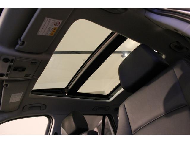 sDrive18i 黒本革 大型サンルーフ 純正HDDナビ(9枚目)