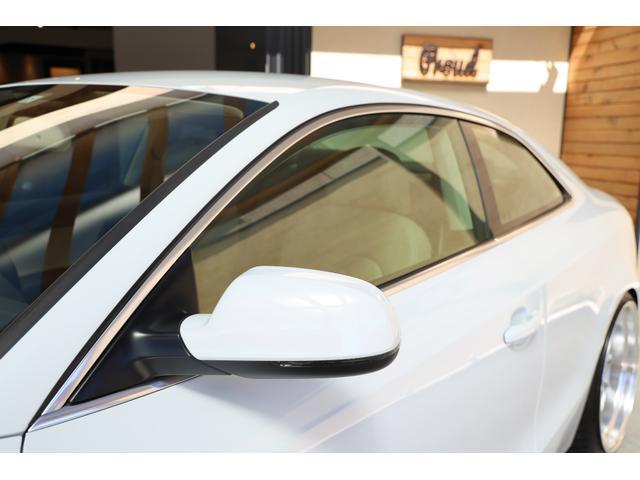 2.0TFSIクワトロ 後期モデル WORK20AW KW車高調 ユーザー買取車 ベージュ本革シート グレイシアホワイトメタリック フルタイム4WD 2,000ccターボ 純正ナビ パーキングシステム(15枚目)
