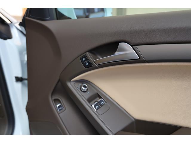 2.0TFSIクワトロ 後期モデル WORK20AW KW車高調 ユーザー買取車 ベージュ本革シート グレイシアホワイトメタリック フルタイム4WD 2,000ccターボ 純正ナビ パーキングシステム(67枚目)