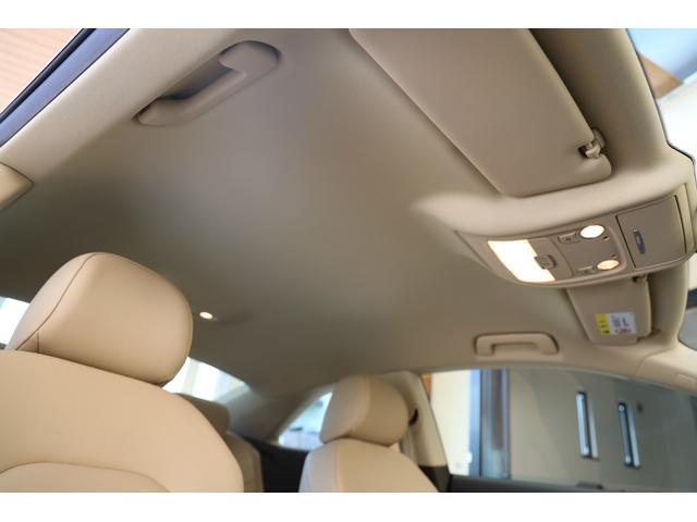 2.0TFSIクワトロ 後期モデル WORK20AW KW車高調 ユーザー買取車 ベージュ本革シート グレイシアホワイトメタリック フルタイム4WD 2,000ccターボ 純正ナビ パーキングシステム(69枚目)