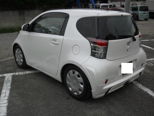 トヨタ iQ 100G 社外HDDナビ 社外車高調 社外マフラー