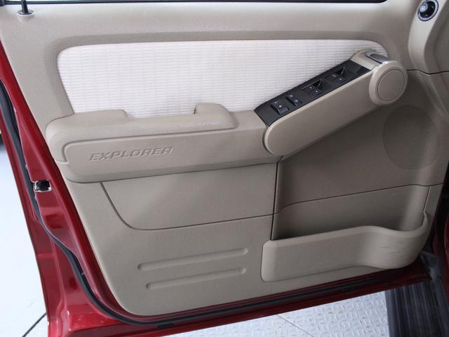「フォード」「エクスプローラー」「SUV・クロカン」「東京都」の中古車31