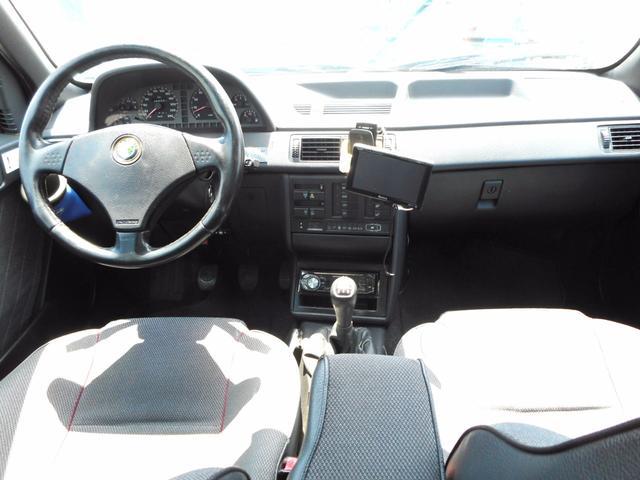 アルファロメオ アルファ155 限定車2.0 ツインスパーク 16V