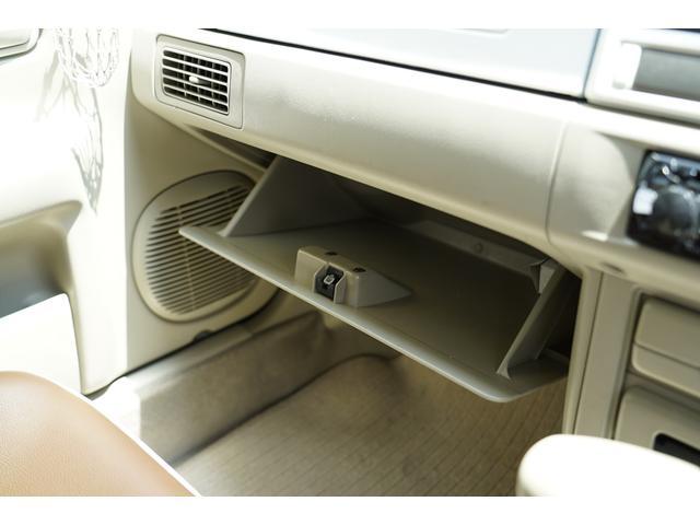 4WD オートマ 革調シート ナルディ 白パネル 背面カバー(16枚目)
