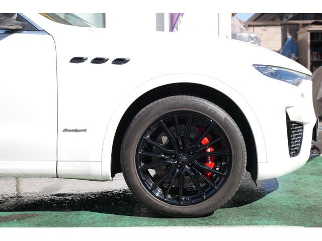 「マセラティ」「レヴァンテ」「SUV・クロカン」「埼玉県」の中古車62