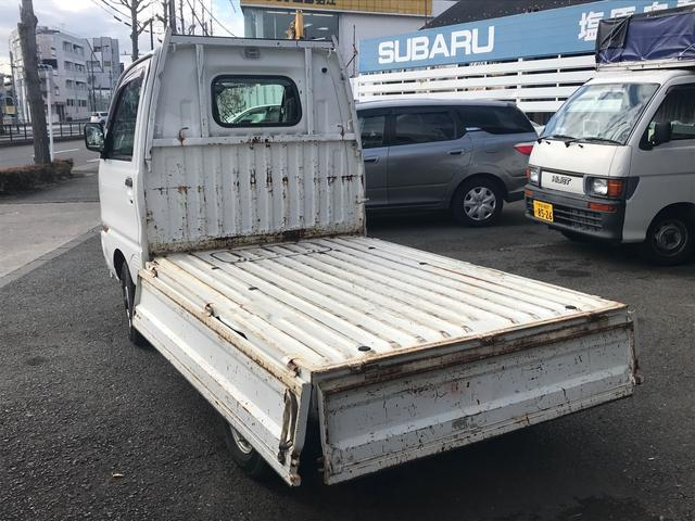 TL 4WD AC MT 軽トラック オーディオ付 2名乗り(6枚目)