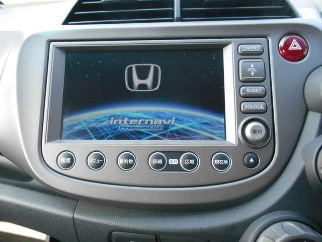 HDDナビが装着されています。CDからの直接録音が可能です。