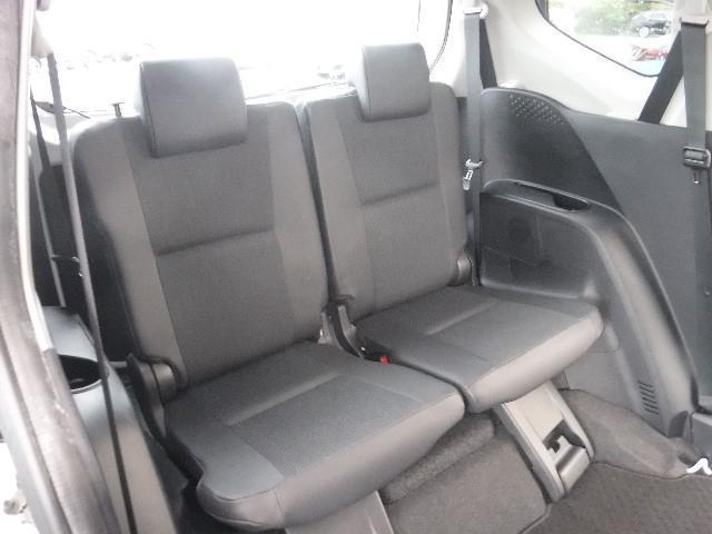 多彩なシートアレンジが可能なラゲッジルーム。多くの荷物を載せたり、車中泊にも対応出来るアクティブな使い方も可能です。