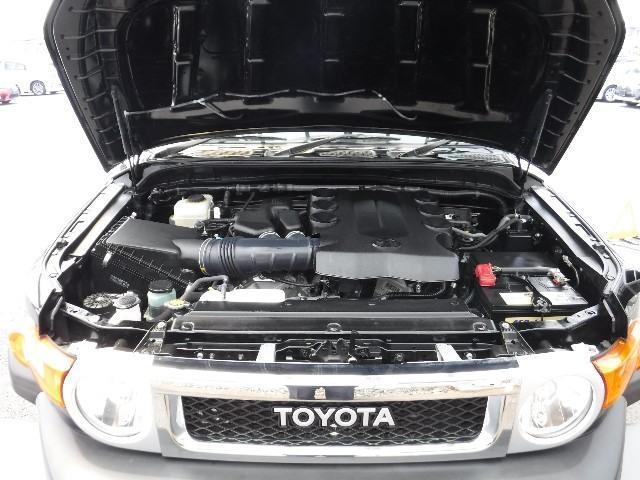 トヨタ FJクルーザー カラーパッケージ 寒冷地仕様 20インチアルミ ナビ