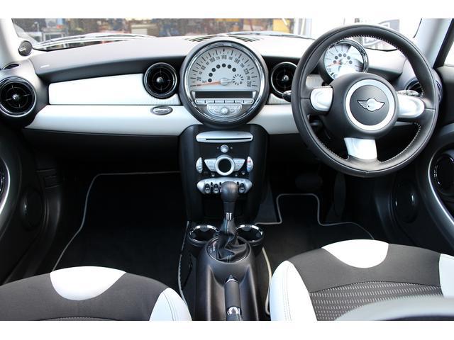 MINI MINI 50 カムデン 特別仕様限定車 1オーナー 禁煙車