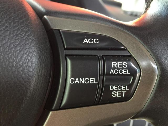 24TL 衝突軽減ブレーキ/純正HDDナビ/音楽録音/バックカメラ/HIDヘッドライト/純正17インチアルミホイール/(6枚目)