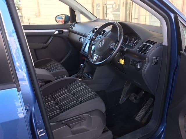 「フォルクスワーゲン」「VW ゴルフトゥーラン」「ミニバン・ワンボックス」「北海道」の中古車11