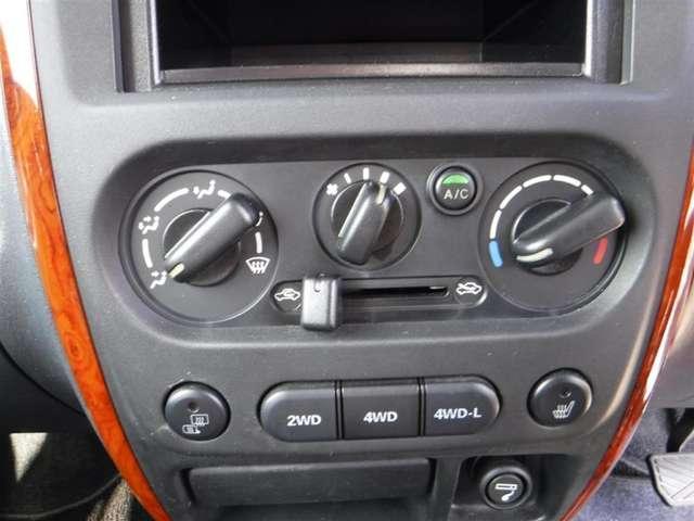 スズキ ジムニー ランドベンチャー 4WD キーレス 16インチアルミ ABS