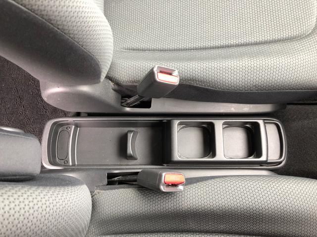 【ドリンクホルダー】日常生活での運転時やドライブに出かける時などの必須アイテムですね!