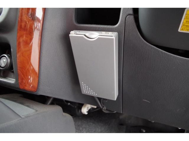 4WDターボ 革シート シートヒーター ナビ ETC(15枚目)