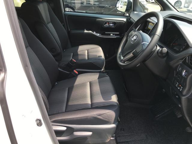 ◆後席空調システム【リアクーラー&リヤヒーター。後席でも快適に過ごす事が可能です】
