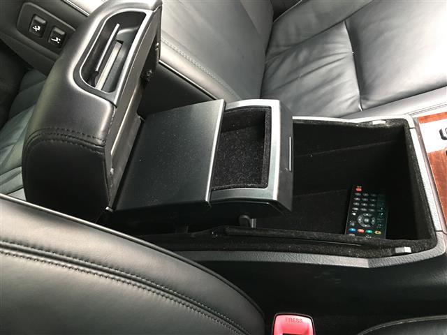 トヨタ クラウンマジェスタ Cタイプ Fパッケージ HDDナビ サンルーフ フルセグTV
