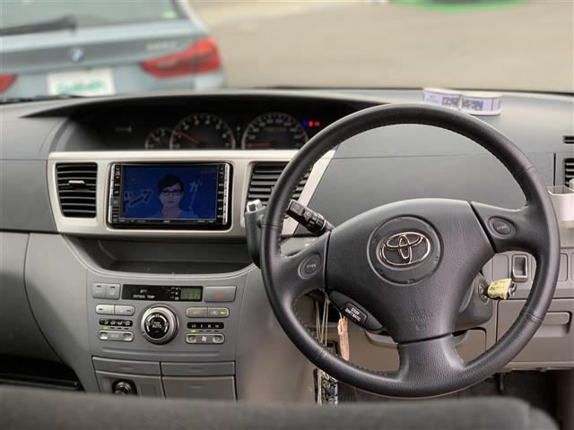 「トヨタ」「ヴォクシー」「ミニバン・ワンボックス」「石川県」の中古車6