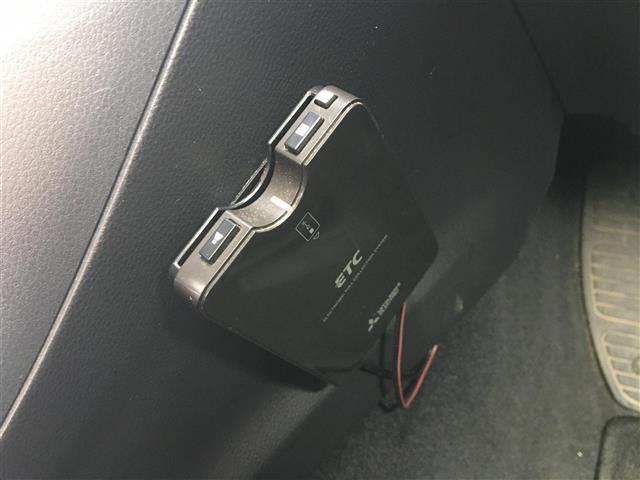 1.6i-L アイサイト 4WD/社外ナビ/Bluetooth/AUX/SD/CDバックカメラ/ETC/クルコン/パドルシフト/衝突軽減支援ブレーキ/車線逸脱防止/アイドリングストップ/HIDヘッドライト/ワンオーナー(5枚目)