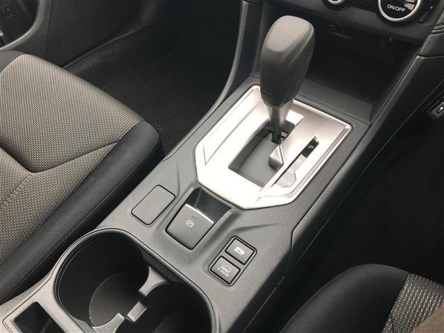 1.6i-L アイサイト 4WD/社外ナビ/Bluetooth/AUX/SD/CDバックカメラ/ETC/クルコン/パドルシフト/衝突軽減支援ブレーキ/車線逸脱防止/アイドリングストップ/HIDヘッドライト/ワンオーナー(8枚目)