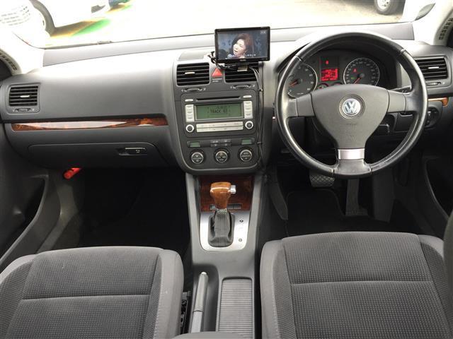 フォルクスワーゲン VW ジェッタ TSI コンフォートライン ターボ メモリーナビ キーレス